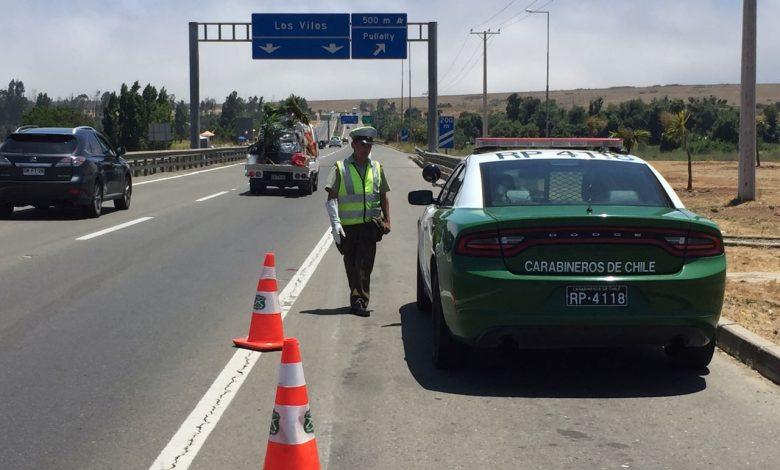 Photo of OS7 de Carabineros logró la detención de tres personas en Ruta 5 por porte de marihuana